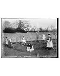 Manor House Club - Gardening, Photograph... by Library of Congress