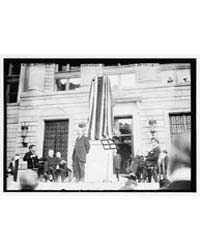 Jefferson Unveiling, Photograph Number 1... by Library of Congress