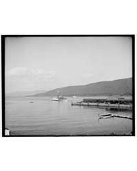 Str. Sagamore Landing at Dock, Lake Geor... by Library of Congress