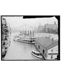 The Levee from Smithfield Street Bridge,... by Library of Congress