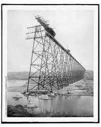 Erecting Lethbridge Viaduct, Lethbridge,... by Library of Congress