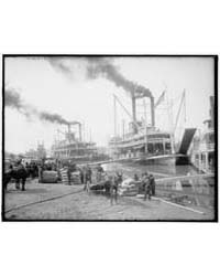 Steamboat Landing, Vicksburg, Miss., Pho... by Library of Congress