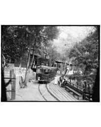 Electric Car at Ye Alpine Tavern, Mount ... by Library of Congress
