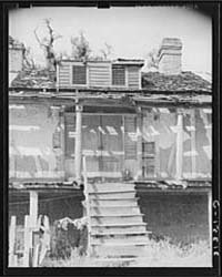 Entrance to Old Trepagnier Plantation Ho... by Library of Congress