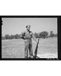 Soldiers at Fort Belvoir, Virginia, Phot... by Library of Congress