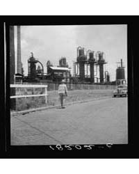 Picket Oil Plant at Muskogee, Oklahoma, ... by Library of Congress