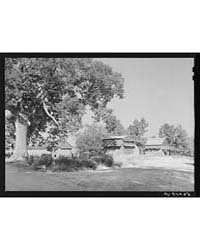 Tobacco Barns and Crossroads in Corbett ... by Library of Congress