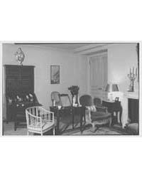 Mrs. Paul Renshaw, Residence at 620 Park... by Schleisner, Gottscho