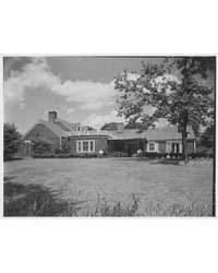 Mrs. Leon Abbett, Residence on Pound Hol... by Schleisner, Gottscho