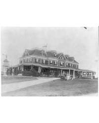 View of Yacht Club, Oyster Bay, L.I., N.... by Johnston, Frances Benjamin