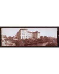 One Panoramic Photo of Hotel Sommerset S... by Library of Congress